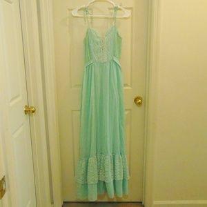 Vintage Candi Jones California Sea-foam Lace Dress